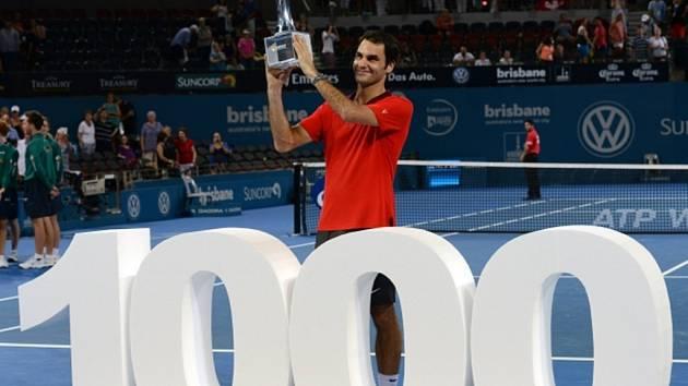 Roger Federer si díky triumfu na turnaji v Brisbane připsal jubilejní 1000. vítězství.