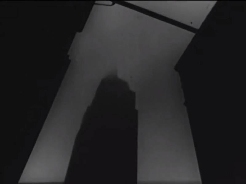 Doutnající budova Empire State Building