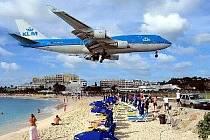 Letiště PRINCEZNY JULIANY, ostrov Svatý Martin, Karibské moře.
