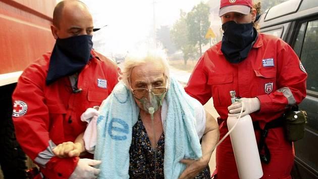 Požáry v Řecku, v zemi vyhlášen výjimečný stav