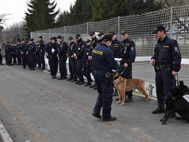 Po Eličce pátraly desítky policistů