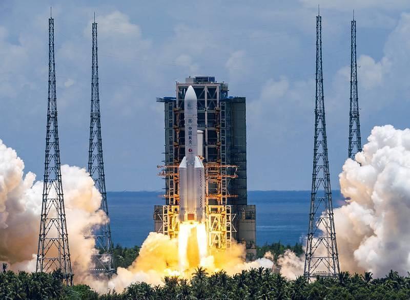 Čína zahájila svou první misi k Marsu