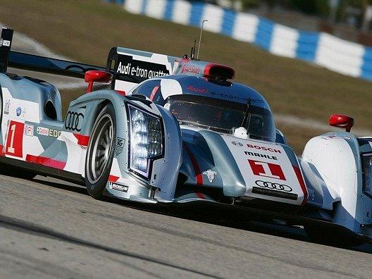 Inspiraci dodal závodní vůz Audi R18.