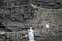 Další dvě zdi se zřítily v antických Pompejích nedaleko Neapole. Stalo se tak poté, co se v úterý sesunula část tzv. Domu moralisty a tři týdny po zřícení Domu gladiátora.