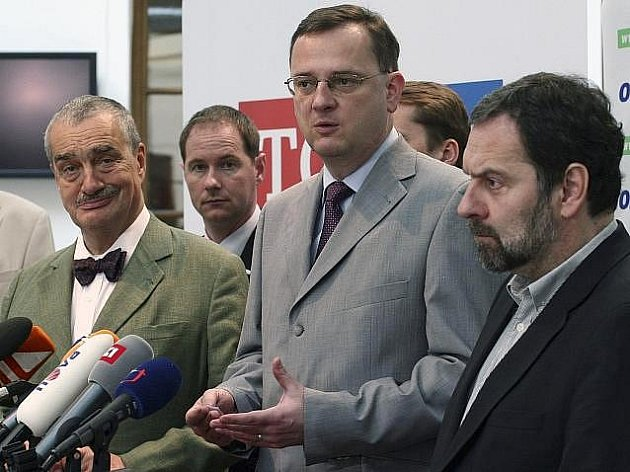 Vyjednavači ODS, TOP 09 a Věcí veřejných (VV) se dohodli na tom, že tyto strany začnou pracovat na legislativním návrhu o přímé volbě prezidenta.