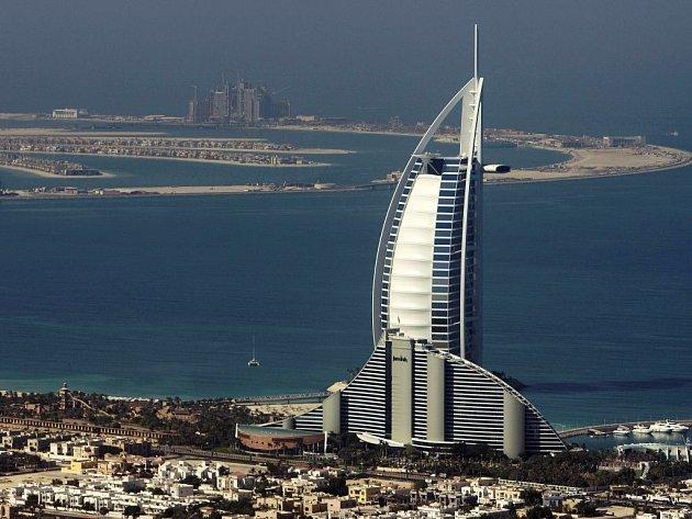 Dubajský hotel Burj Al-Arab.