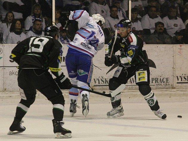 Ve třetím utkání baráže o extraligu slavili výhru hokejisté Boleslavi.