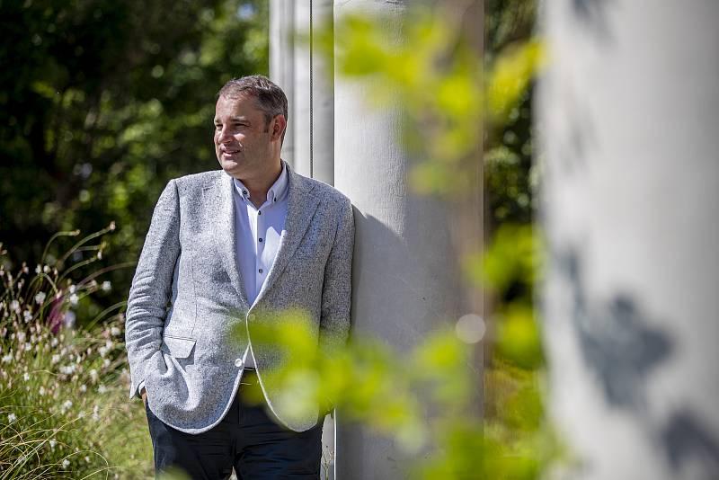 Ekonom a bývalý viceguvernér České národní banky Mojmír Hampl