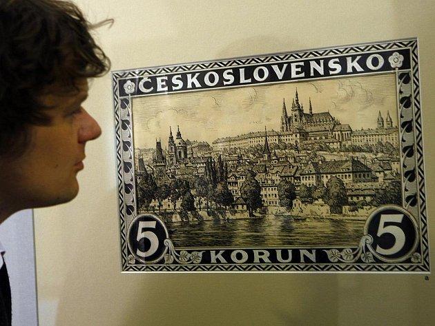 V Tereziánském křídle Pražského hradu byla ve středu 12. května 2010 otevřena nová výstava s názvem Pražský hrad v umění poštovní známky. Expozice představuje jedinečný průřez známkovou tvorbu s tématikou Pražského hradu.