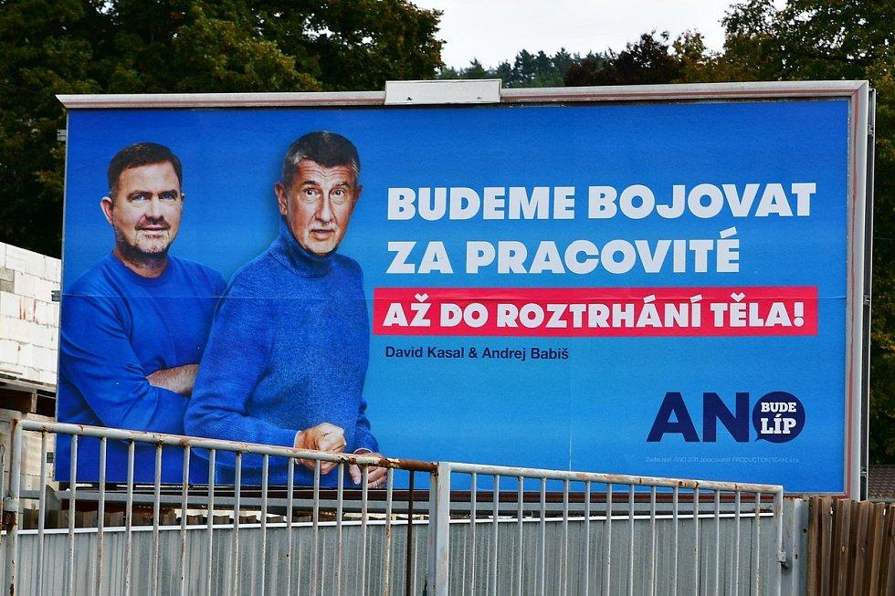 Další z předvolebních billboardů hnutí ANO.