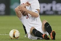 Michael Krohn-Dehli ze Sevilly si v semifinále EL poranil koleno.