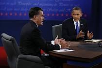Mitt Romney a Barack Obama v televizní debatě na Floridě
