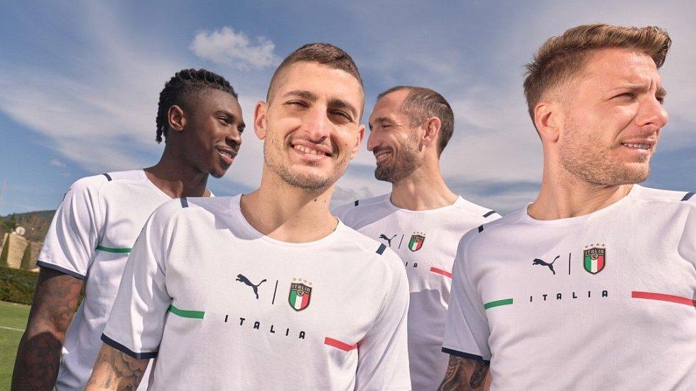 Nové dresy italské fotbalové reprezentace.