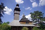 Unikátní dřevěný kostel v Koločavě