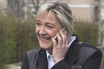 Marine Le Penová z krajně pravicové Národní fronty