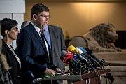 Hlasování o nedůvěře vládě Andreje Babiše 23.  listopadu v Praze. Jiří Pospíšil