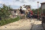 Tragický výbuch domu: vystěhovat se musely tři rodiny. Zabíjel plyn?