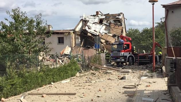 Výbuch domu v Mostkovicích na Prostějovsku.