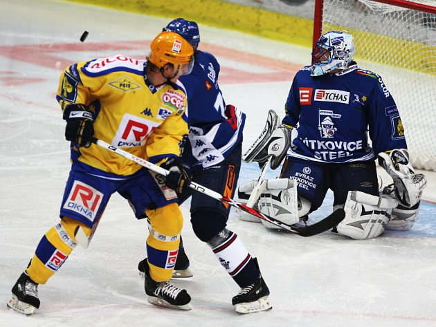 Hokejisté Vítkovic porazili Zlín 3:2.