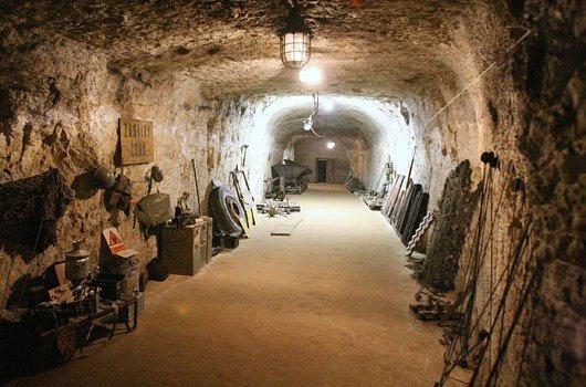 Podzemní továrna z druhé světové války Rabštejn Janská