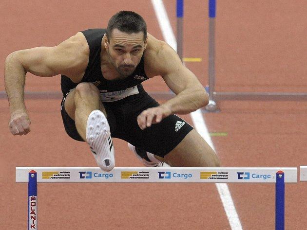 Český olympijský vítěz v desetiboji Roman Šebrle se představil na Mítinku světových rekordmanů v běhu na 60 m překážek.