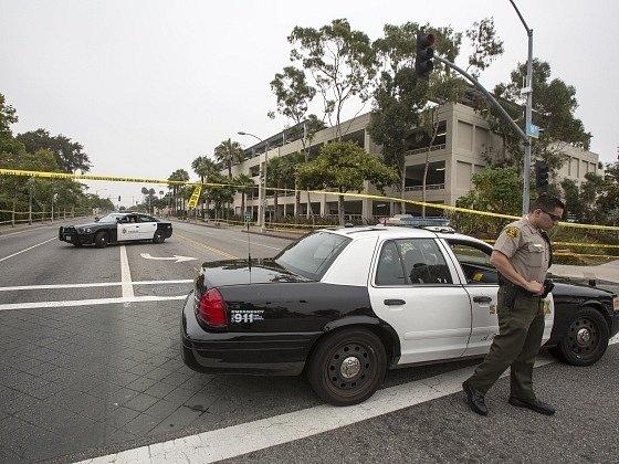 Při střelbě v americké Santa Monice zemřelo pět lidí