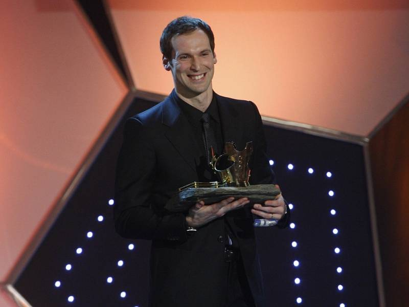 Nadšený Petr Čech vyhrál pošesté v kariéře anketu Fotbalista roku.