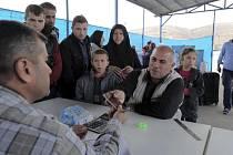 První skupina 27 křesťanských uprchlíků z Iráku by měla přiletět do Prahy v neděli 24. ledna. Ještě týž den se přesunou do rekreačního zařízení Okrouhlík u Jihlavy.