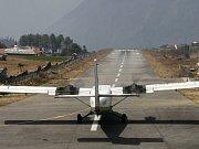 Při zřícení letadla typu ATR 42 zahynulo 46 lidí. Ilustrační foto.