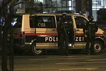 Policejní operace ve Vídni v noci po střeleckém útoku v centru rakouské metropole.