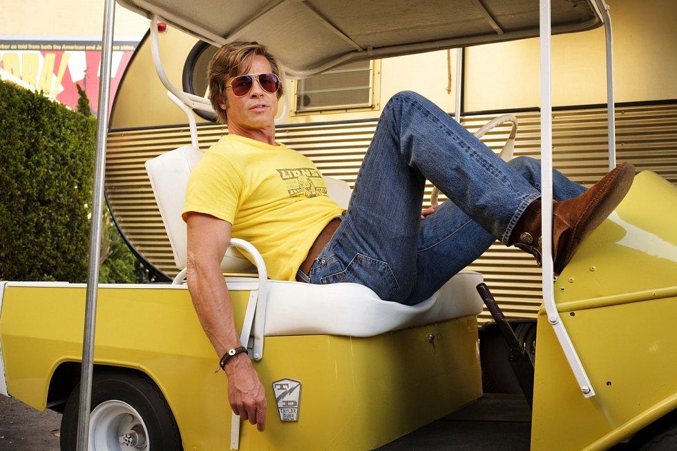 Brad Pitt ve filmu Tenkrát v Hollywoodu