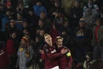 Sparta - Krasnodar: Oslava v podání Bořka Dočkala a Lukáše Juliše po gólu