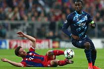 Bayern Mnichov - Porto: Xabi Alonso a Jackson Martinez