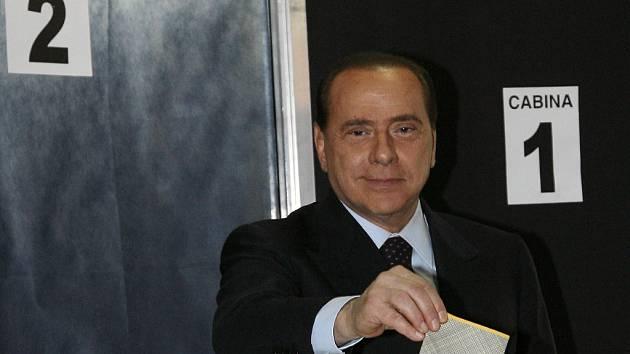 Berlusconi chce zpřísnit imigrační zákony.