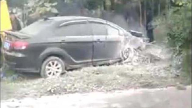 Auto najelo v čínském Le-šanu na chodník, zemřelo sedm lidí.