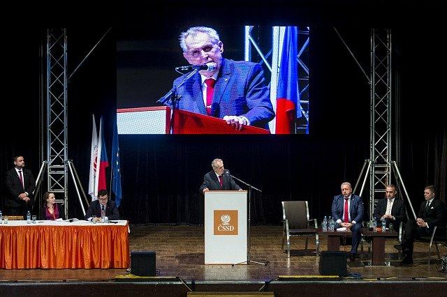 Prezident Miloš Zeman na sjezdu.