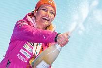 Gabriela Koukalová a její bronzové oslavy.