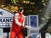 Martin Prokop slaví vítězství v Korsické rallye v hodnocení JWRC.