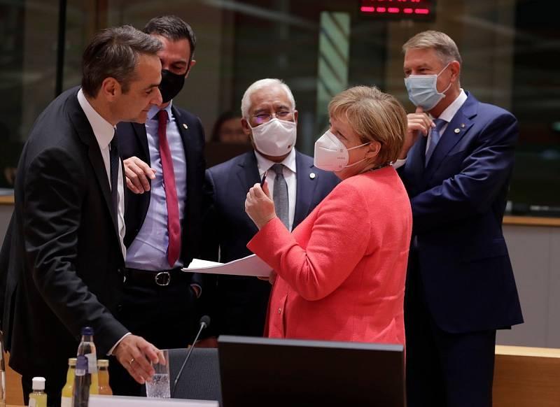Řecký premiér Kyriakos Mitsotakis, španělský premiér Pedro Sanchez, portugalský premiér Antonio Costa, rumunský prezident Klaus Werner Iohannis a německá kancléřka Angela Merkel