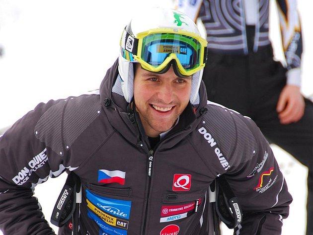 Český lyžař Petr Záhrobský vyniká v rychlostních discilínách.