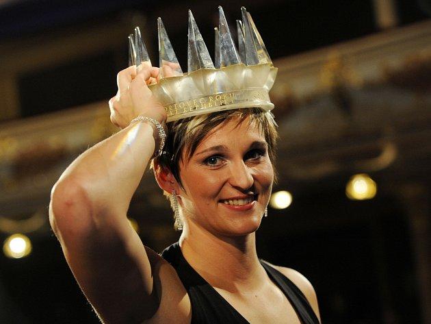 Barbora Špotáková s korunou nejlepšího sportovce roku 2008.