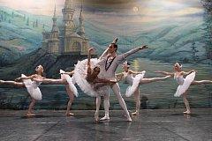 Royal Moscow Ballet zatančí v České republice Labutí jezero.