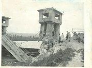 Vodní elektrárna Spytihněv (1945 po ústupu německého Wehrmachtu)