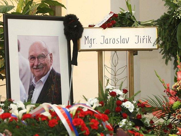 Hokejová legenda Jaroslav Jiřík zemřel tragicky 11.července 2011.