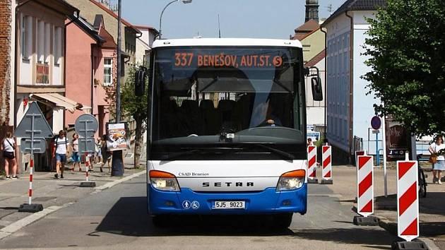 Autobus Setra společnosti ČSAD Benešov v Benešově