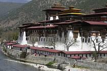 Bhútánské království se jen pomalu otevírá světu.