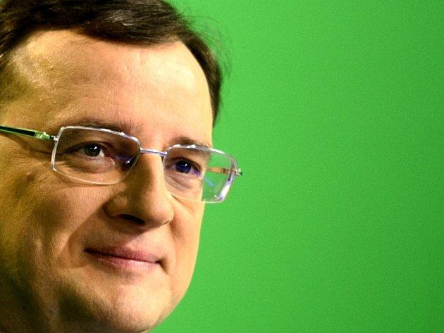 Premiér Petr Nečas před začátkem diskusního pořadu České televize Otázky Václava Moravce v neděli 17. února 2013 v Praze.