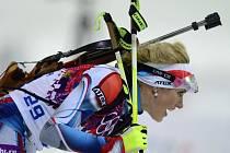 Vyčerpaná biatlonistka Gabriela Soukalová po čtvrtém místě ve stíhacím závodu na olympijských hrách v Soči.