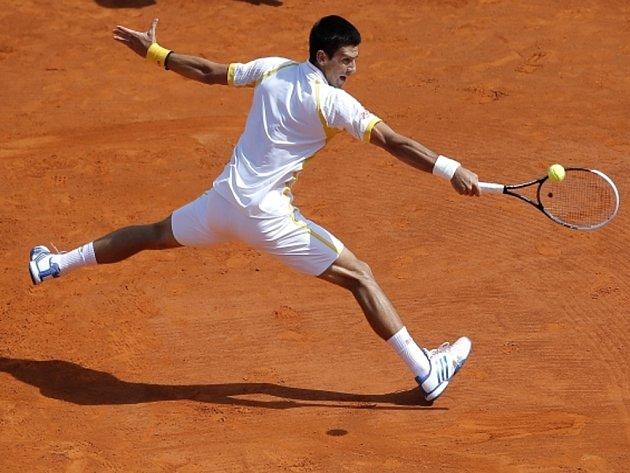 Novak Djokovič ve finále turnaje Masters v Monte Carlu porazil Rafaela Nadala..