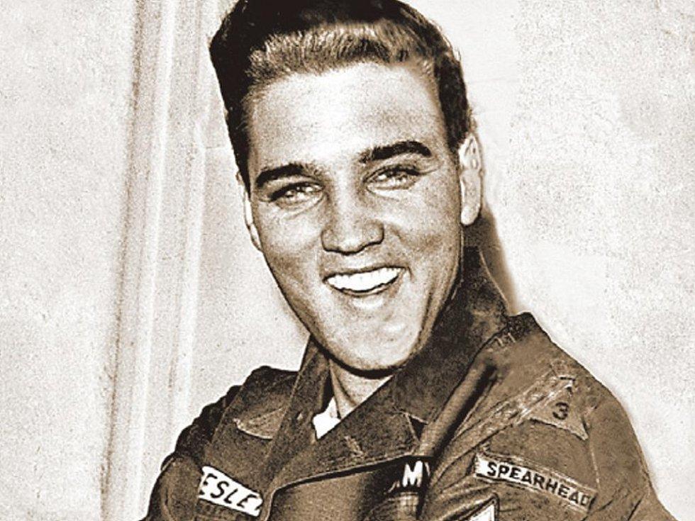 Elvis Presley nahrává i třicet let po smrti.
